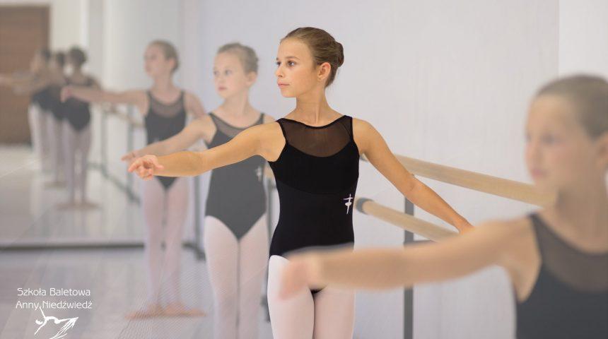 jak ubrać się na balet szkoła baletowa anny niedźwiedź